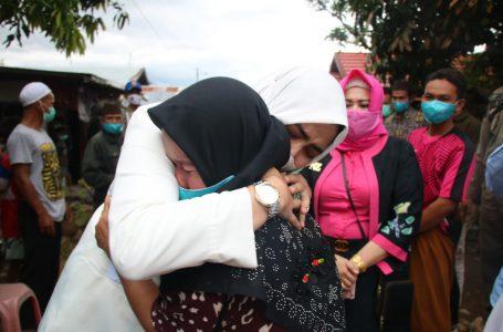 PELITA Ramadan Menyasar Para Korban Kebakaran di Astambul